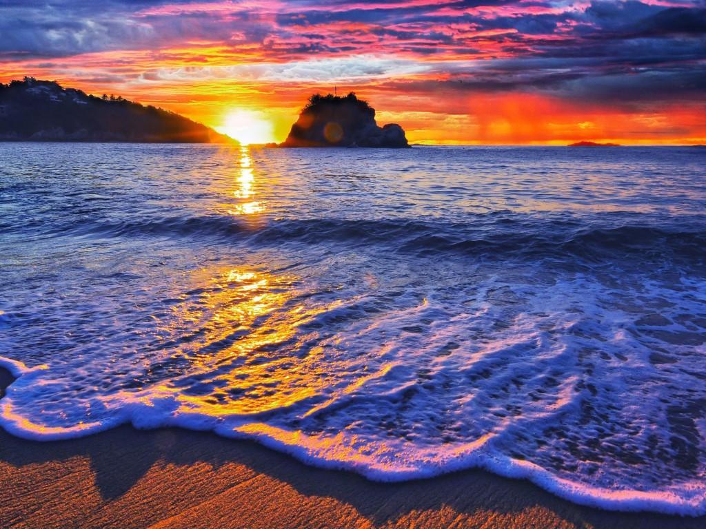 Mexico-Huatulco-Tangolunda-Sunset-Sea-768x1024